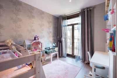 Просторная уютная квартира в районе Gracia в Барселоне